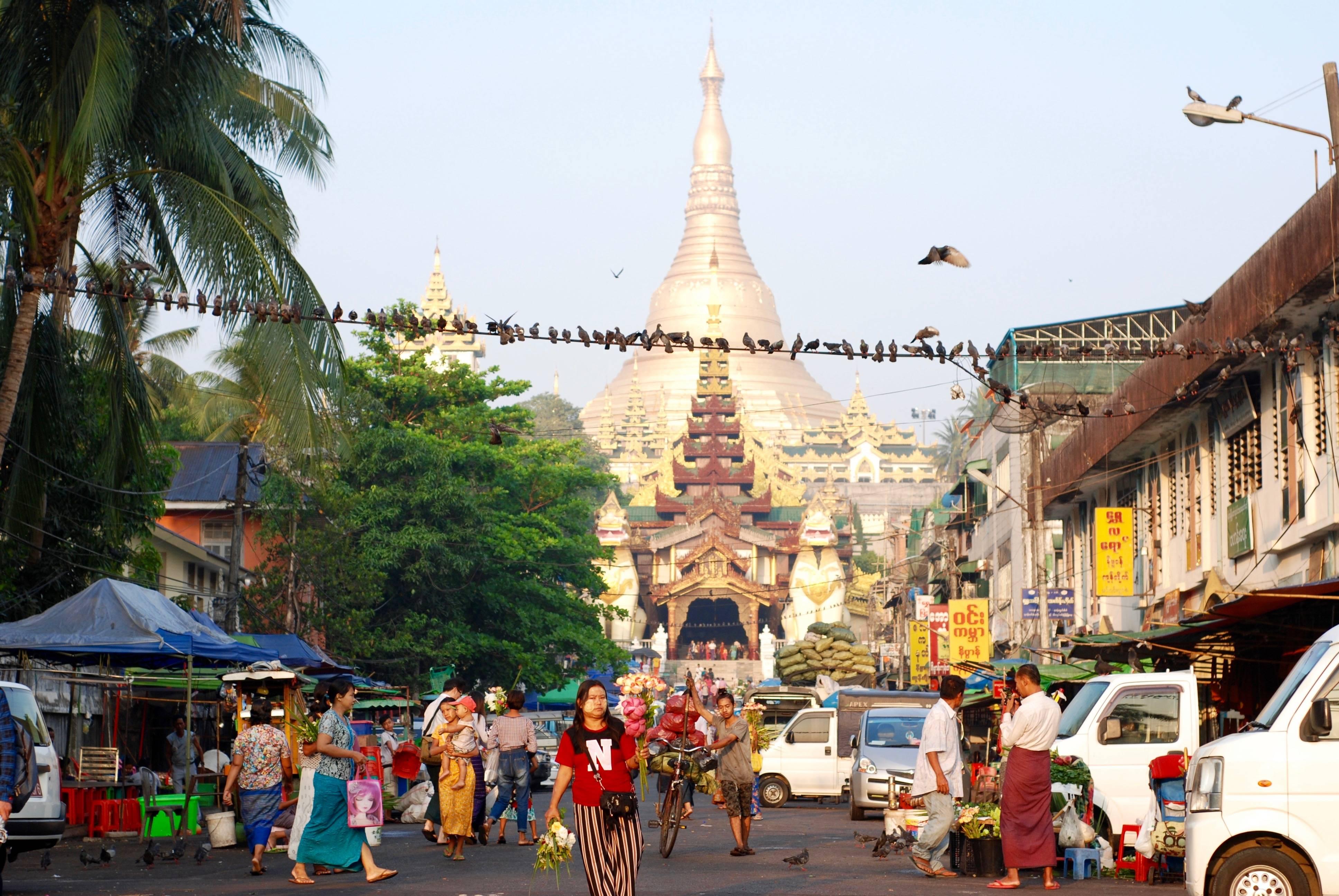 Swedagon pagoda i Yangon